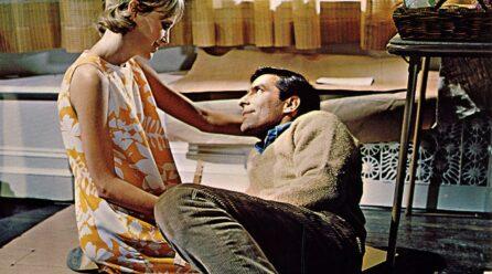 O Bebê de Rosemary 1968 (Coisas horríveis acontecem em todos os prédios de apartamentos)